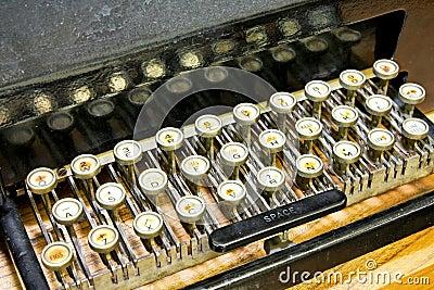 Typewriter keyboard angle