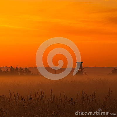 Free Typical Hunters Tower On The Meadow Stock Photography - 31856152