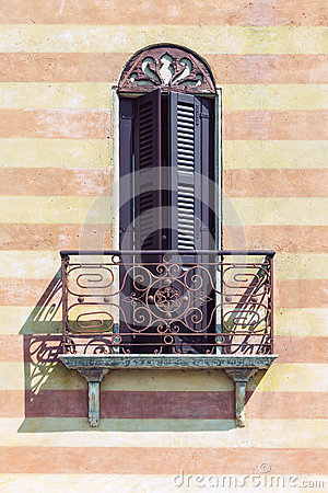 Free Typical Italian Balcony Royalty Free Stock Images - 79980049