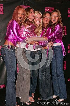 Tyra Banks, Gisele Bundchen, Heidi Klum, Adrianna Lima, Alessandra Ambrosio, Gisele Editorial Stock Photo