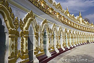 U Min Thonze Buddhist Temple On Sagaing Hill Editorial Photo