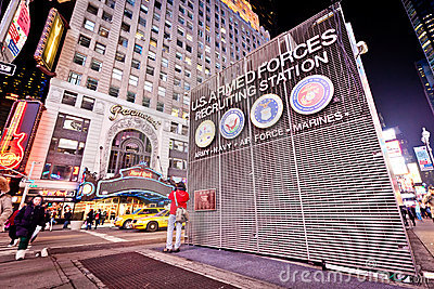 U.S. Armed Forces Recruiting Station in New York Editorial Stock Image