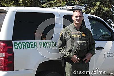 A U.S. Border Patrol Officer Editorial Photo