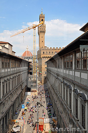 Uffizi Tourists in Spring, Florence Italy Editorial Photography