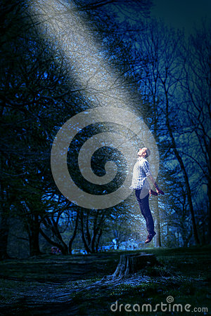 Free UFO Abduction Royalty Free Stock Image - 33170806