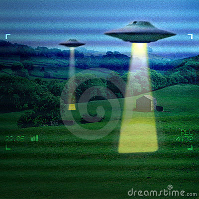 Free UFO In A Meadow Royalty Free Stock Photos - 1569408