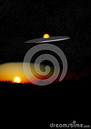 UFO la nuit au-dessus des nuages