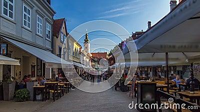Uliczny ivana racicy timelapse hyperlapse w chorwackim kapitale Zagreb jest podczas słonecznego dnia w lecie Zagreb, Chorwacja zbiory