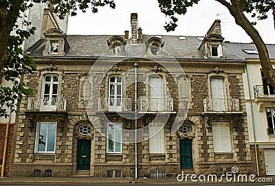 Um par de casas de cidade francesas clássicas