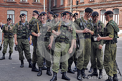 Um pelotão de fuzileiros navais Foto de Stock Editorial