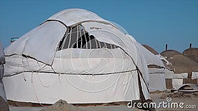 Um yurt construído incompleto em Usbequistão video estoque