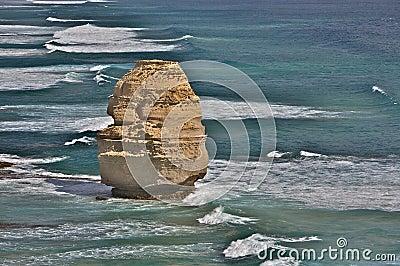 Uma única formação de rocha de doze apóstolos