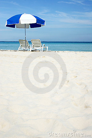 Free Umbrella On Beach Stock Photos - 239913