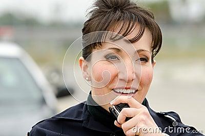 Oficial sonriente