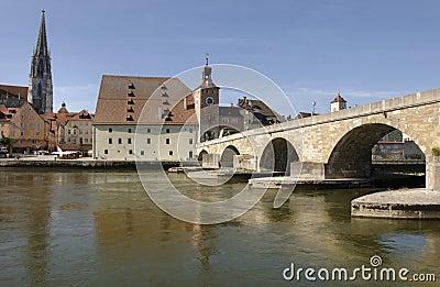 Un panorama a la ciudad alemana Regensburg