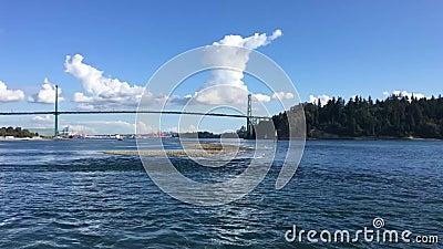 Un video Timelapse di nave da crociera in partenza dalla baia di Vancouver stock footage