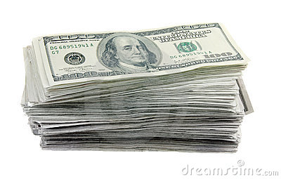 Una pila di 100 fatture del dollaro