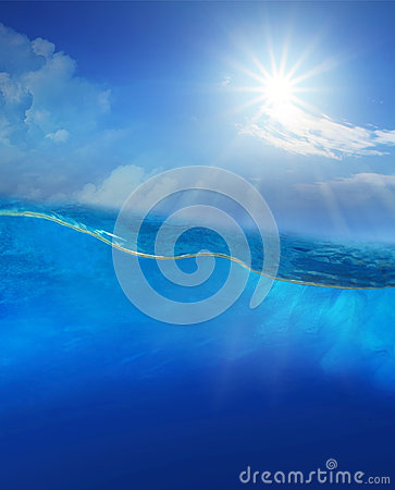 Free Under Blue Water With Sun Shining Above Royalty Free Stock Photos - 34668398