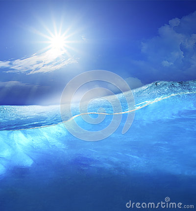 Free Under Clear Sea Blue Water With Sun Shining On Sky Above Use For Stock Photography - 42298912
