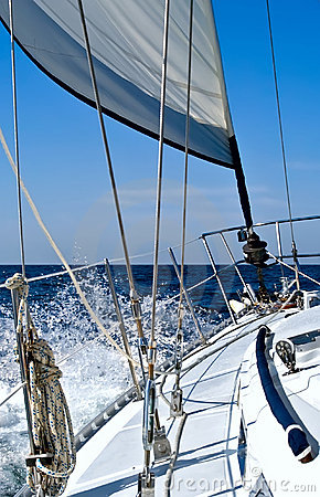 Free Under Sail Royalty Free Stock Photo - 8425975