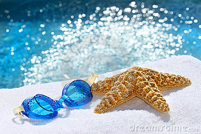 Under water goggles with starfish