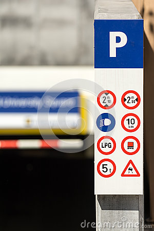 Underground Parking Signs