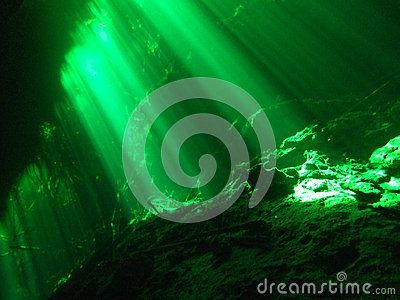 Underwater cenote cave diving picture showing gree