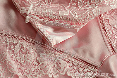 Underwear with needle lace of rosy color