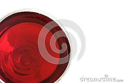 Une glace de vin rouge