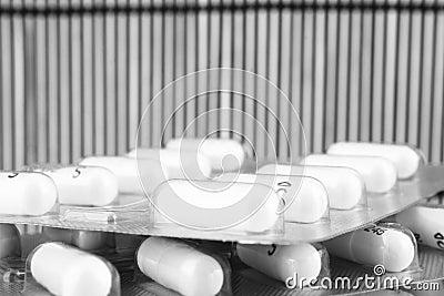Une pile des médecines