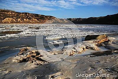 Unfrozen yellow river