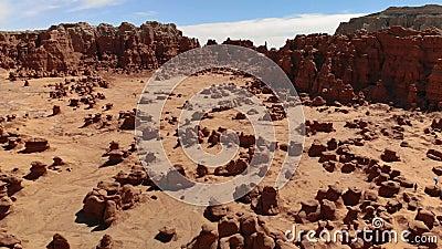 Unglücksboten im Kobold-Tal-Nationalpark, Utah, Vereinigte Staaten Wüste Unglücksbotefelsen gelegen an der San- Rafaelwüste Schat stock video footage