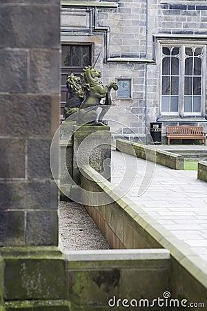 Unicorn and lion guarding Aberdeen University