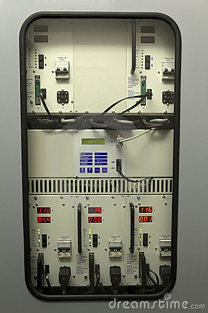 Free Uninterruptible Power Supply (UPS) Royalty Free Stock Image - 19687046