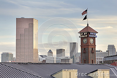 Union Station Portland Oregon Skyline