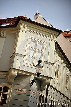 Unique corner window