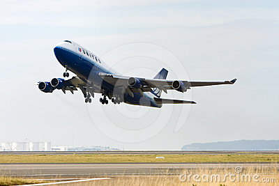 United Airlines Boeing 747 taking off Editorial Stock Image