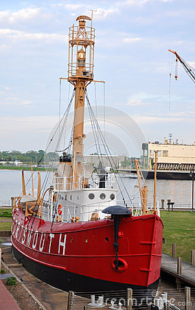 United States Lightship Portsmouth (LV-101)