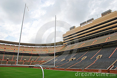 Université de terrain de football de Tennessee
