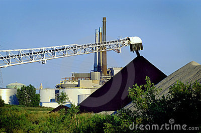 Unload Coal Electric Plant