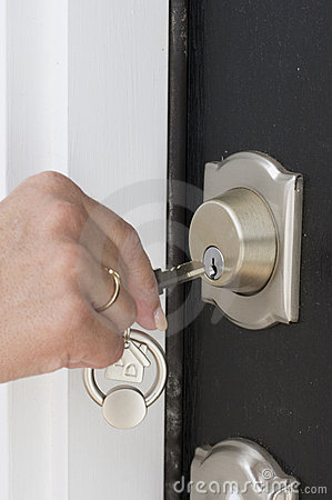 Free Unlocking The Door Royalty Free Stock Photos - 2080528