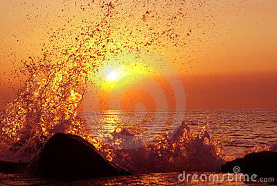 Unreal sunset splash