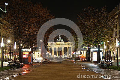 Unter den Linden street in Berlin at night