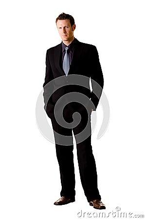 Uomo caucasico in vestito ed in legame