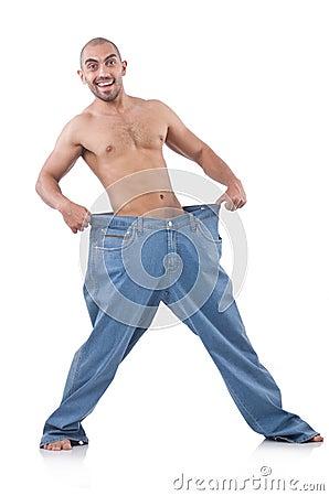 Uomo nel concetto stante a dieta