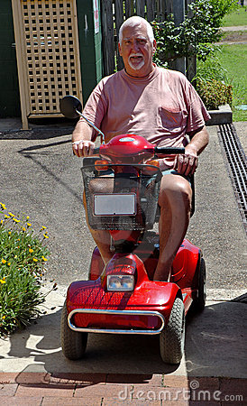 Uomo sul buggy elettrico #2