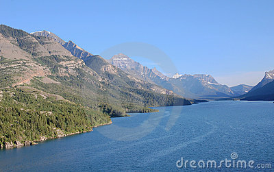Upper waterton lake