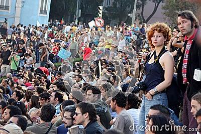 Upptar global lisbon mass för 15 oktober protester Redaktionell Fotografering för Bildbyråer