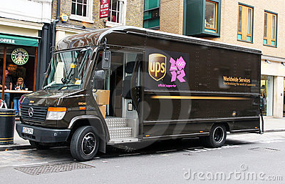 UPS ist zu den Olympischen Spielen betriebsbereit. Redaktionelles Stockfotografie