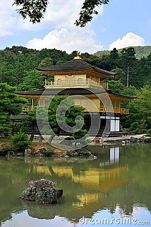 χρυσός ναός περίπτερων το&upsi